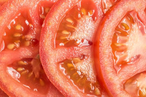 порезанный помидор