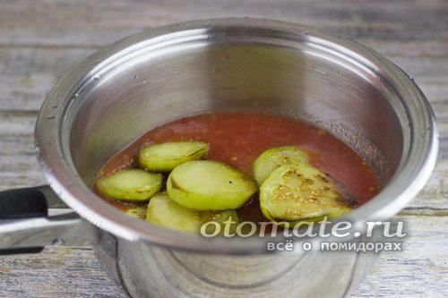 Баклажаны в томатном пюре