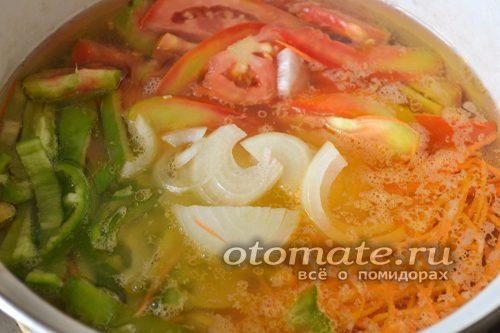 Овощи в кипящей воде