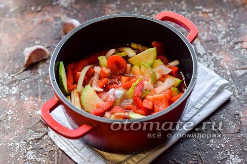 заливаем овощи заливкой