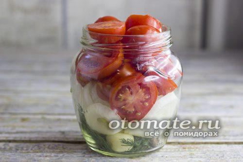 добавим томаты