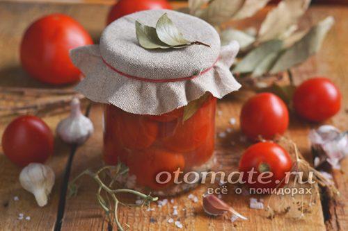 томаты с чесноком на зиму