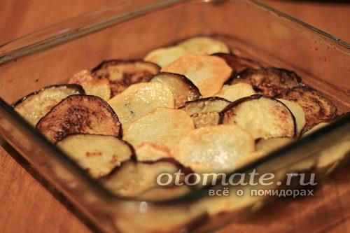 слой баклажанов с картофелем