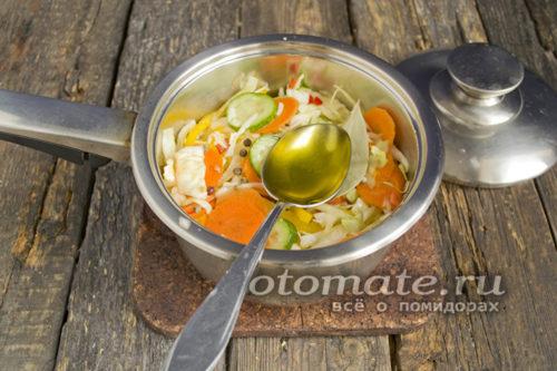 заправляем овощи заправкой