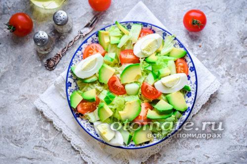 салат на каждый день из свежих помидор авокадо и огурца