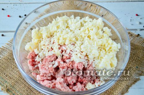 добавить отварной рис