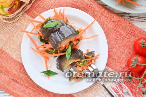 баклажаны с овощами и чесноком