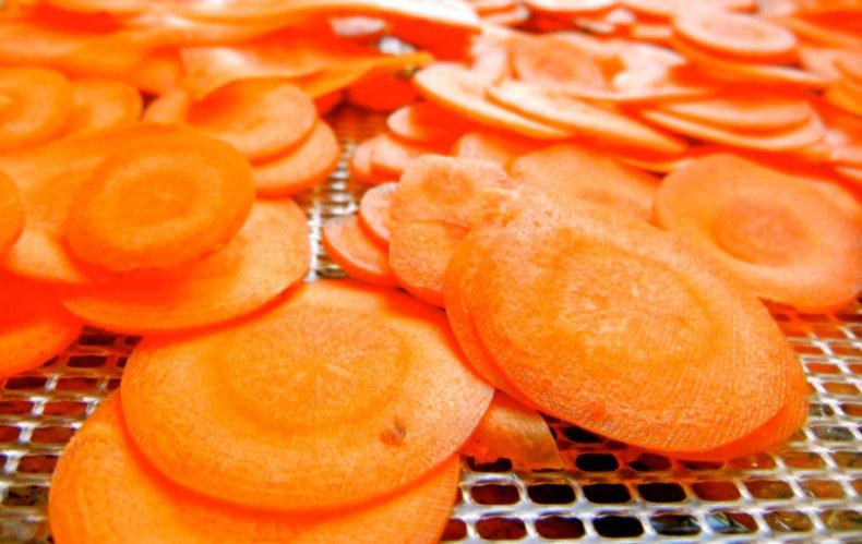 Морковь на сушке