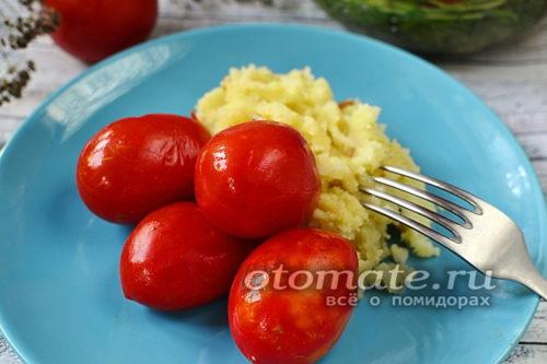 помидоры с картошечкой