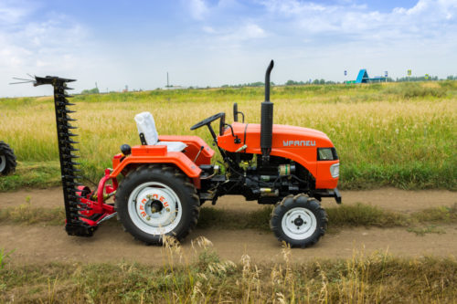 Какие дополнительные функции у садовых тракторов?