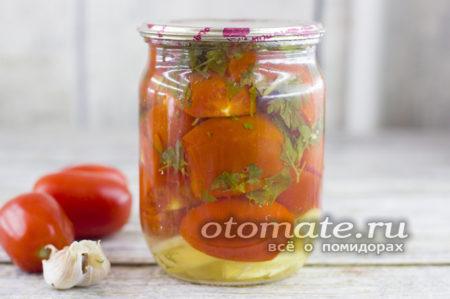 заготовка из помидоров и зелени на зиму